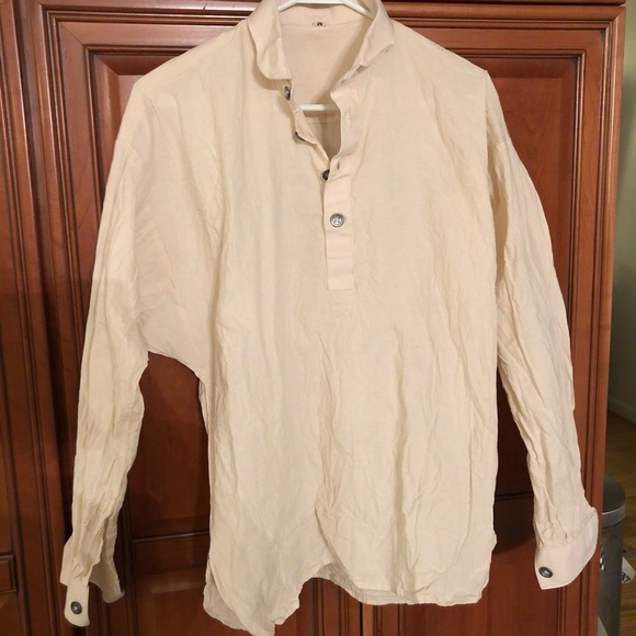 Other - NWOT old style linen shirt
